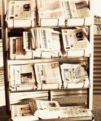 091028_$BOX_newspapersTN