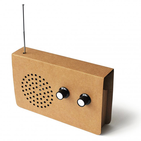 Cardboard-Radio