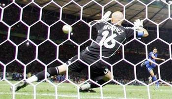 Fabienbarthez_wideweb__470x2700